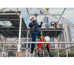 Обучение работам на высоте с практикой на учебном полигоне в Санкт-Петербурге